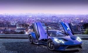 Novo Ford GT: segunda geração traz portas com abertura vertical e motor V6 biturbo, da família EcoBoost, com mais de 600 cv de potência; dentro dele, volante inspirado nos da Fórmula 1