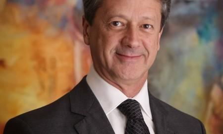 """Alarico Assumpção Jr., presidente da Fenabrave: """"Perspectiva de retração pelo quarto ano consecutivo é fruto da falta de confiança do mercado"""""""