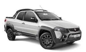 Série especial Extreme, da Strada Adventure com cabine dupla, traz faróis, grande dianteira, para-choques e rodas de lige leve escurecidas