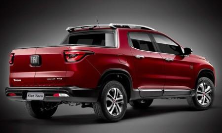 Vide verso: Fiat segue apresentando a picape Toro em conta-gotas e, agora, revela a primeira imagem oficial do modelo de traseira