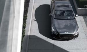 O G90 é o primeiro produto da Genesis, nova marca de prestígio da Hyundai, que chega com 5,21 metros de comprimento e um pacote de conteúdo que não deixa nada ao trio alemão formado por A8, Série 7 e Classe S
