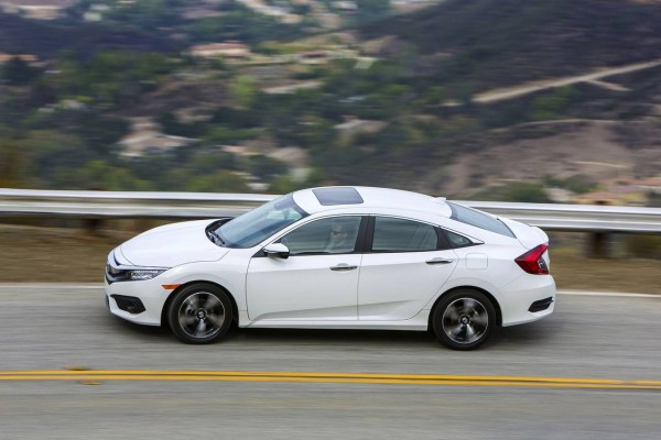 Honda-Civic Touring 2016
