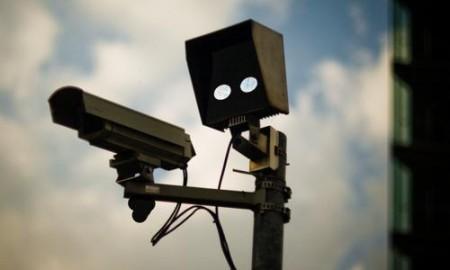 Só a Avenida dos Andradas ganhou nove novos detectores de avanço de sinal; com 13 novos radares, Belo Horizonte já conta com 151 equipamentos deste tipo