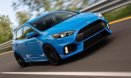 Com 350 cv, Focus RS acelera de 0 a 100 km/h em 4,7 s, alcançando a velocidade máxima de 266 km/h