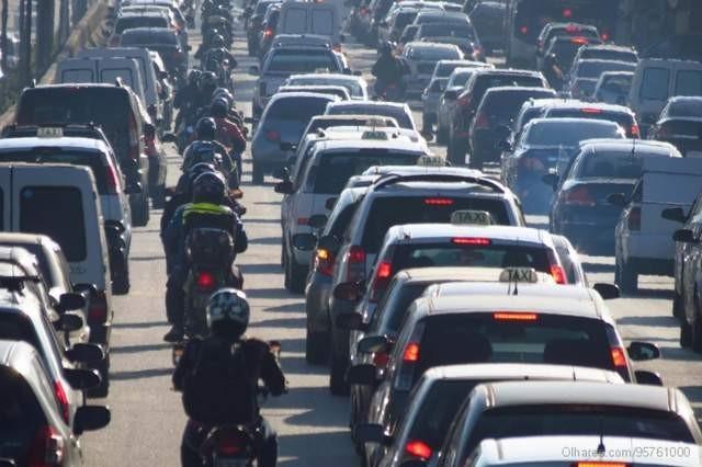Moto no corredor: estado norte-americano põe ordem na bagunça