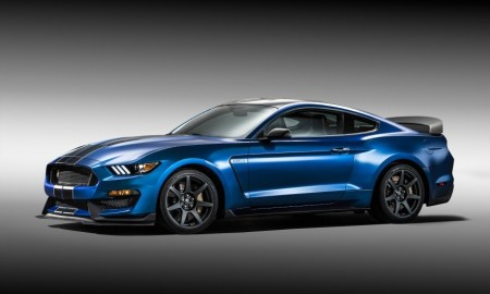 2016-Ford-Mustang-Shelby-GT350R-1011-876x535-min