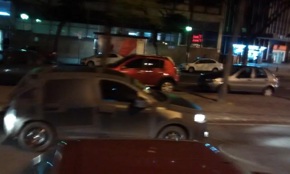 Flagra: Fiat X6H, o novo Punto, roda camuflado em BH