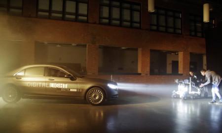 DIGITAL LIGHT: Erste Prototypen der neuen HD-Scheinwerfergeneration wurden im November 2016 bereits in Demonstrationsfahrzeugen verbaut und der Fachöffentlichkeit präsentiert. ;  DIGITAL LIGHT: The first prototypes of the new HD headlamp generation have already been installed in demonstration vehicles and showcased to industry specialists in November 2016.  ;