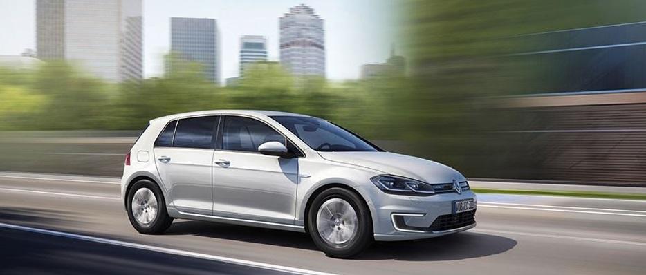 VW lança novo eGolf na Alemanha. Econômico só no tanque...