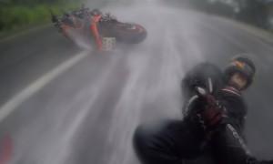 motociclista salva mulher acidente