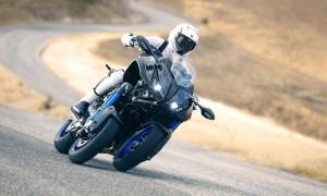 2018-Yamaha-MXT850-EU-Graphite-Action-006