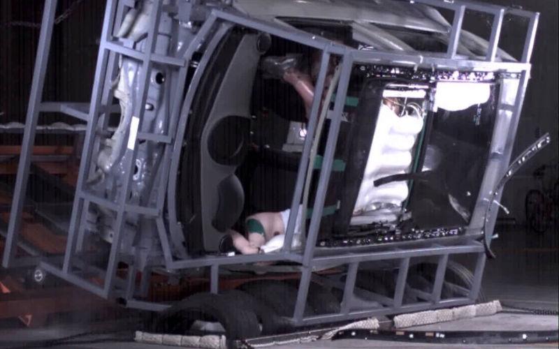csm_02_sunroof_airbag_5b2e9164f1