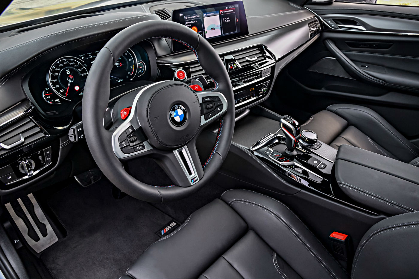 P90316062_highRes_the-new-bmw-m5-compe