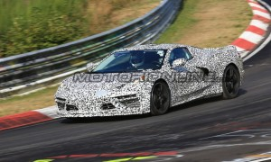 Chevrolet-Corvette-MY-2020-foto-spia-04-09-2018-14-1024x653