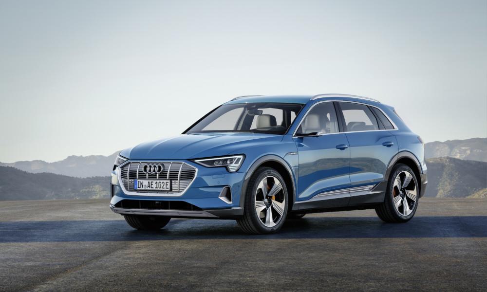 Finalmente apareceu: eis o Audi e-Tron