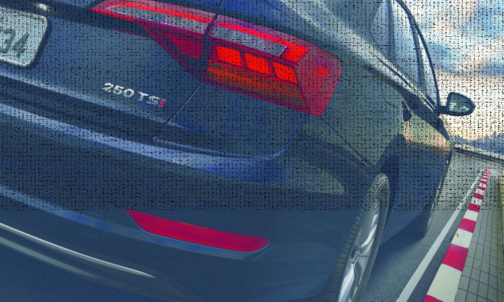 VW lança versão de entrada do Jetta para esquentar briga dos sedãs médios