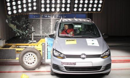 Volkswagen_Suran-Fox_+_2_Airbags_